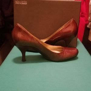 Kenneth Cole Reaction Bronze Heels